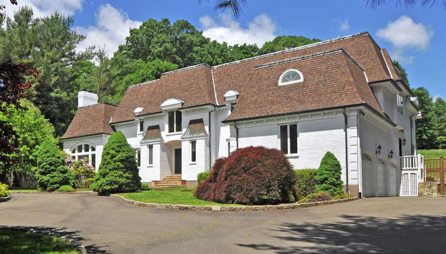 The property at 680 Old Academy Road is on the market for $2,700,000. Photo: Contributed Photo / Fairfield Citizen