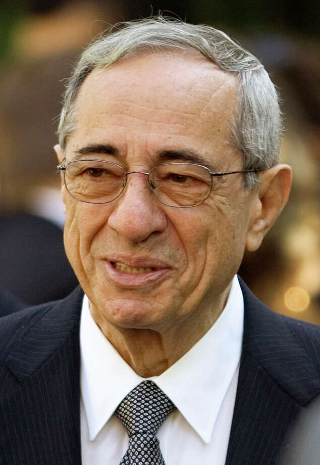 J. Scott Applewhite /Associated Press Former New York Gov. Mario Cuomo in June 2008. Photo: J. Scott Applewhite / AP