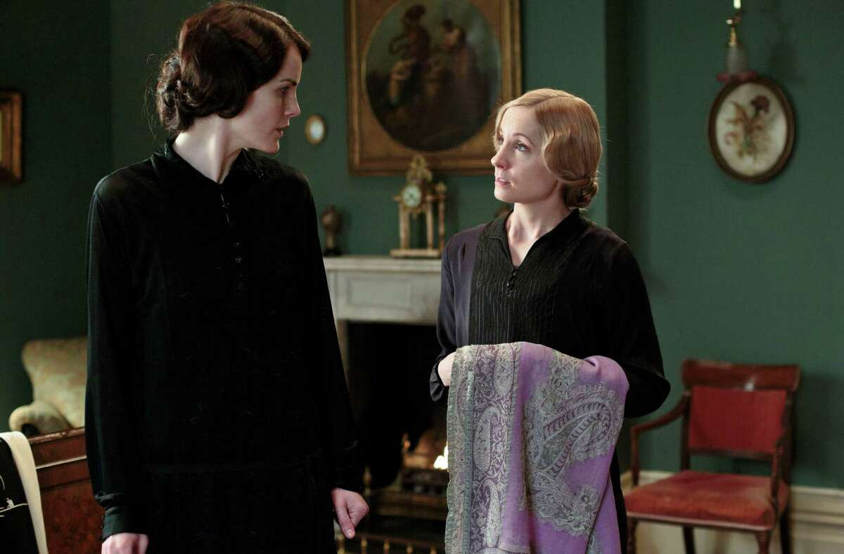 Oh, Lady Mary: Did you really just ask Anna to do that?