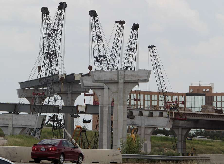 U.S. 290 widening:It's still going on, and will be for a while, but drivers might start seeing a lot of progress. The highway's connection with Loop 610 is one of the region's worst bottlenecks, a problem that the construction and better access from U.S. 290 to and from Interstate 10 should address. It will also be important to see how discussions of the toll lane, or lanes, in the center proceed. Texas Department of Transportation officials are planning for just one lane, but there has been a push for at least two. Photo: James Nielsen, Houston Chronicle