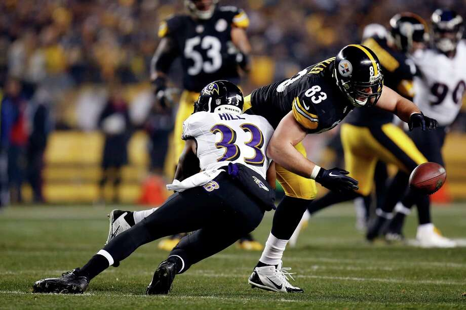 PITTSBURGH, PA - JANUARY 03:  Heath Miller #83 of the Pittsburgh Steelers fails to make a catch as  Will Hill #33 of the Baltimore Ravens defends during their AFC Wild Card game at Heinz Field on January 3, 2015 in Pittsburgh, Pennsylvania.  (Photo by Gregory Shamus/Getty Images) ORG XMIT: 530751445 Photo: Gregory Shamus / 2015 Getty Images