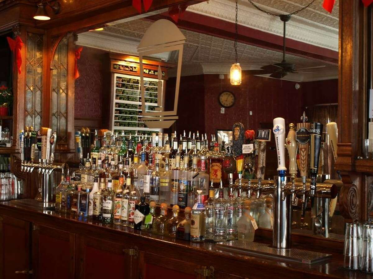 On Friday, live music and a beer tasting come together in Naugatuck.