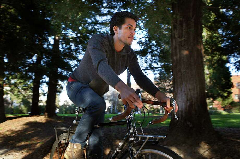 Nikhil Balaraman says he's been able to recover the cost of his 2011 Raleigh Port Townsend bike by renting it out several times. Photo: Liz Hafalia / The Chronicle / ONLINE_YES