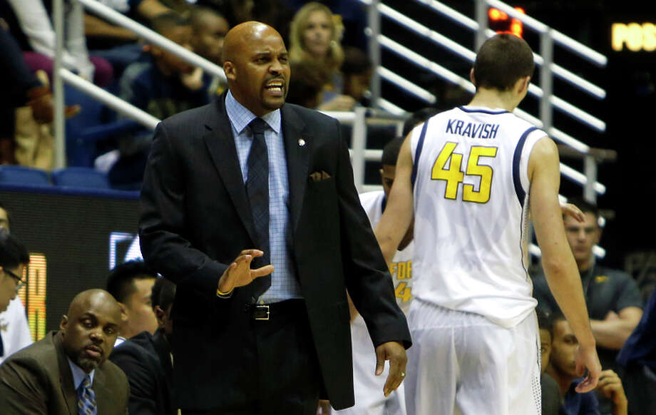 """Cal head coach Cuonzo Martin is optimistic about his team this year, and tweeted: """"California Rising."""" Photo: Scott Strazzante / The Chronicle / ONLINE_YES"""