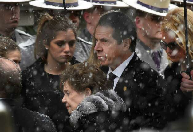 Gov. Andrew Cuomo accompanies his mother, Matilda Cuomo, and girlfriend, Sandra Lee, right as they arrive for the funeral of former Governor Mario M. Cuomo Tuesday morning, Jan. 6, 2015, at St. Ignatius Loyola Church in New York City, N.Y.  (Skip Dickstein/Times Union) Photo: SKIP DICKSTEIN / 00030083A
