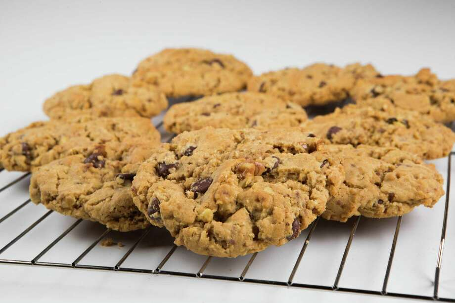 Loaded toffee cookies - Houston Chronicle