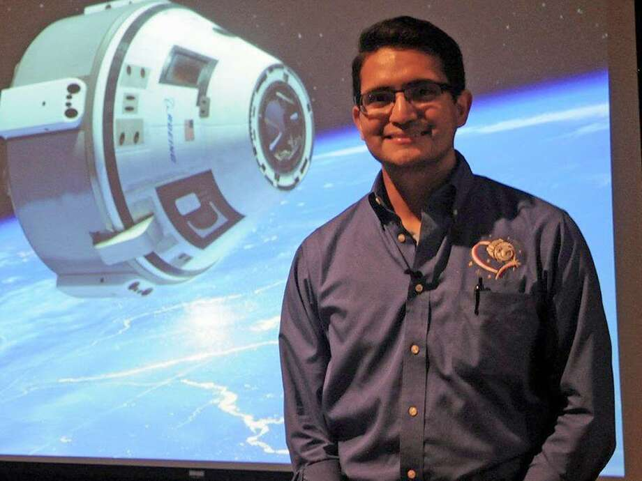 Boeing Space Exploration mechanical engineer and Rice University outreach program co-founder Tony Castilleja Jr. spoke to students and parents in the Spring Branch Independent School District to encourage middle and high school students to help build the next-generation of spacecraft.Boeing Space Exploration mechanical engineer and Rice University outreach program co-founder Tony Castilleja Jr. spoke to students and parents in the Spring Branch Independent School District to encourage middle and high school students to help build the next-generation of spacecraft. Photo: Spring Branch ISD / ONLINE_YES