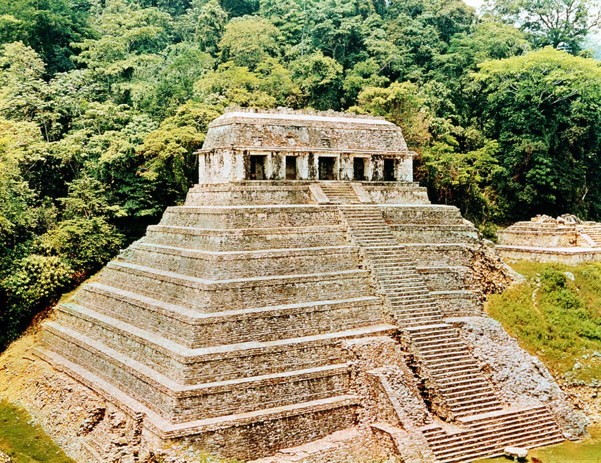 UNSPECIFIED - CIRCA 1754: Pyramids and Temple-of-the-Inscriptions, Palenque, Mexico. Classical Mayan architecture