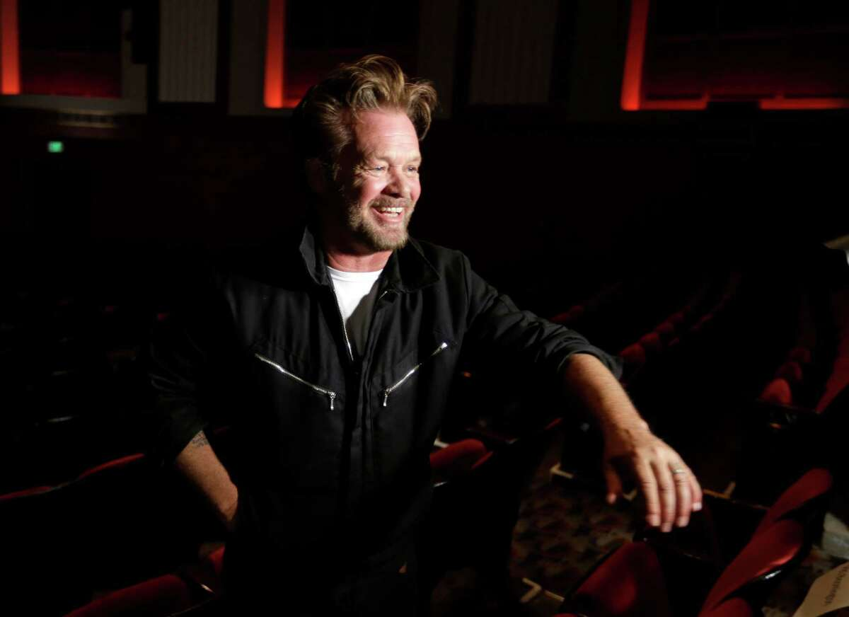 Come see John Mellencamp and Carlene Carter perform at thePalace Performing Arts Center. When: April 23rd, 7:30pm. Where:19 Clinton Ave, Albany. Click here for more information.