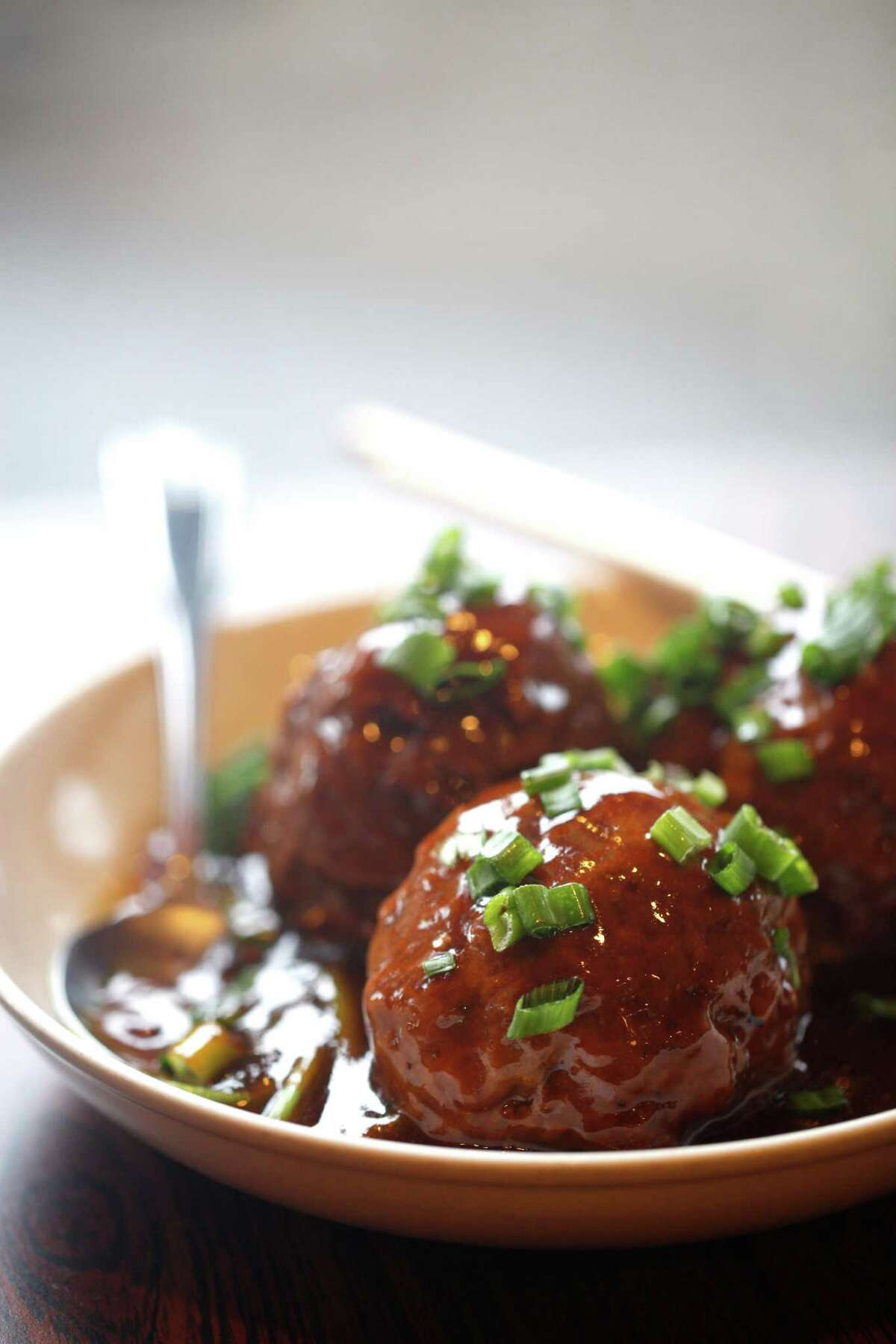 Shanghai Dumpling King's Lion's Head Meatballs.