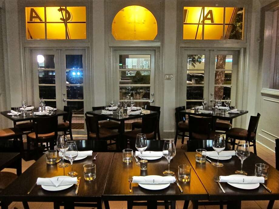 The dining room at Pax Americana on Montrose Boulevard. Photo: Houston Chronicle