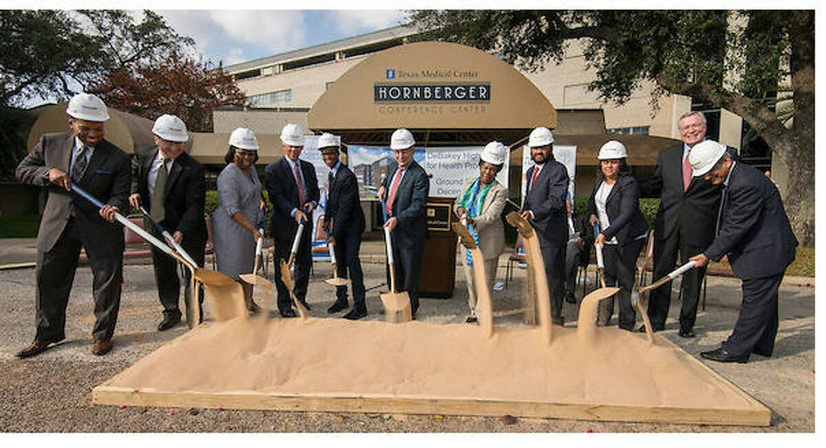 Groundbreaking on the new DeBakey High School took place Dec. 16, 2014, at its new location, 2151 W. Holcombe in the Texas Medical Center. (HISD / Dave Einsel)