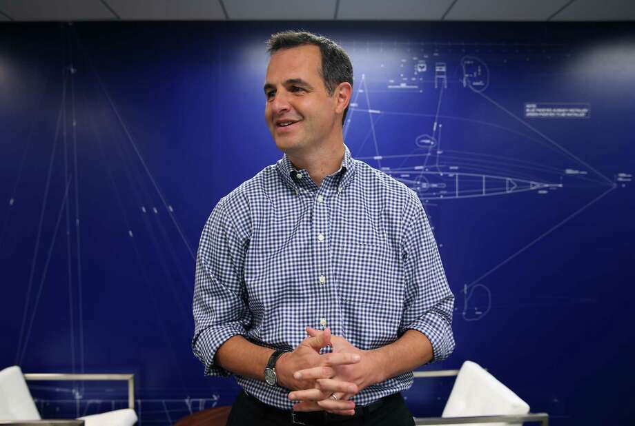 Lending Club CEO Renaud Laplanche meets with employees at the corporate headquarters in San Francisco, Calif. on Wednesday, Jan 7, 2015. Photo: Paul Chinn / The Chronicle / ONLINE_YES