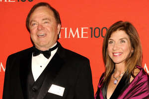 Oil billionaire Harold Hamm's ex-wife rejects handwritten $975 million divorce check - Photo