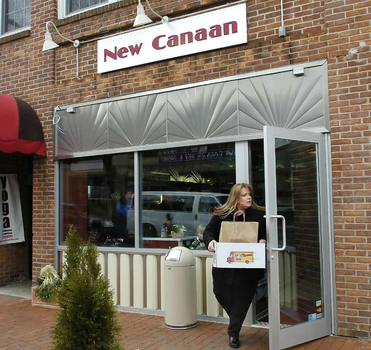 New Canaan Diner in New Canaan