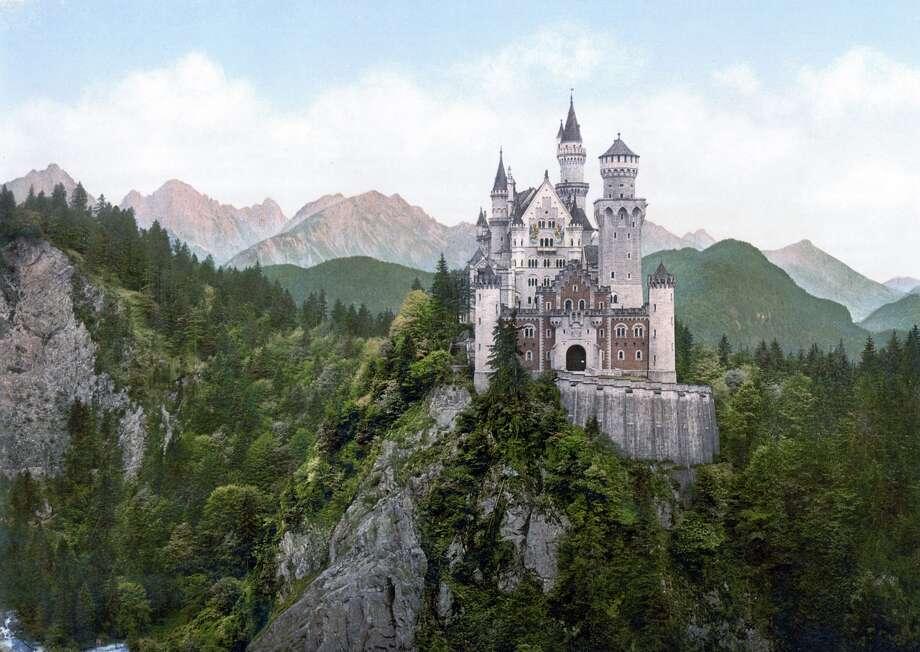 Germany's Neuschwanstein Castle. Photo: © GL Archive / Alamy