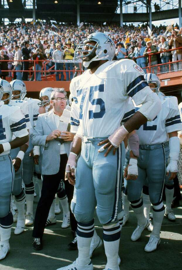 Jethro Pugh of the Dallas Cowboys looks on during player introductions prior to playing the Pittsburgh Steelers in Super Bowl XIII on Jan. 21, 1979, at the Orange Bowl in Miami. The Steelers won the Super Bowl 35-31. Photo: Focus On Sport /Getty Images / 1979 Focus on Sport