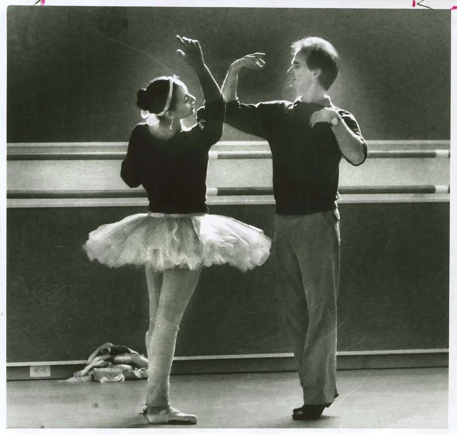 S.F. Ballet Artistic Director Helgi Tomasson with Evelyn Cisneros in 1985. Photo: Frederic Larsen / SF Chronicle Staff / The Chronicle 1985