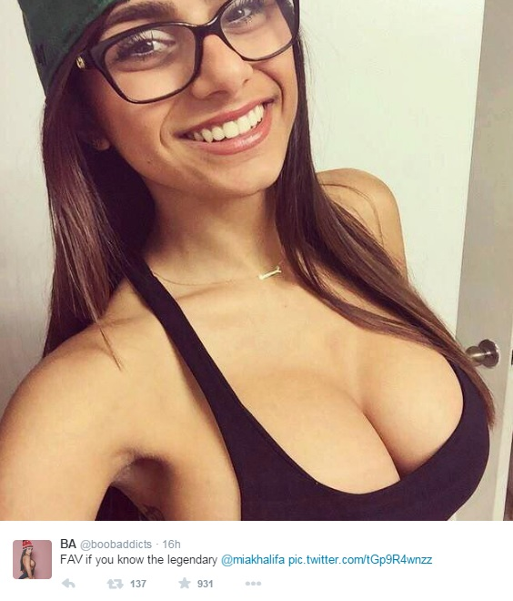 is mia khalifa still a pornstar