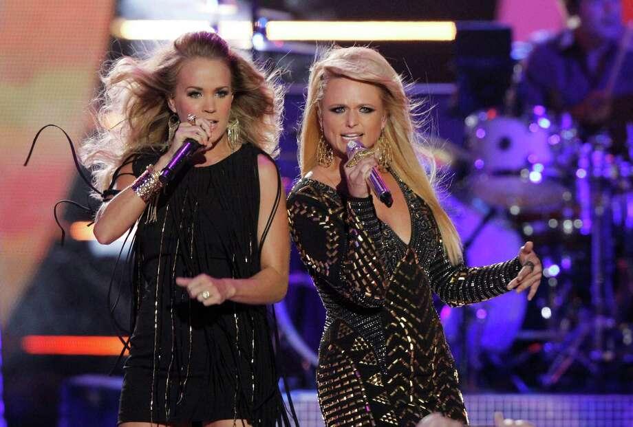 "Miranda Lambert with Carrie Underwood, """"Somethin' Bad"" Photo: Wade Payne /Associated Press / Invision"