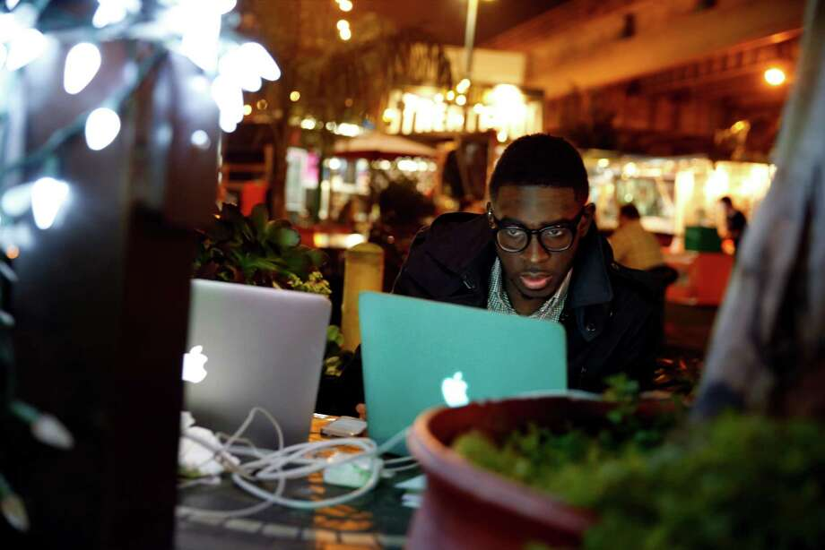 "Co-founder Emmanuel ""Manny"" Bamfo at Groove. Photo: Scott Strazzante / The Chronicle / ONLINE_YES"