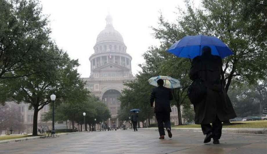 A state district judge has tossed a lawsuit challenging Texas' 'dark money' regulation.