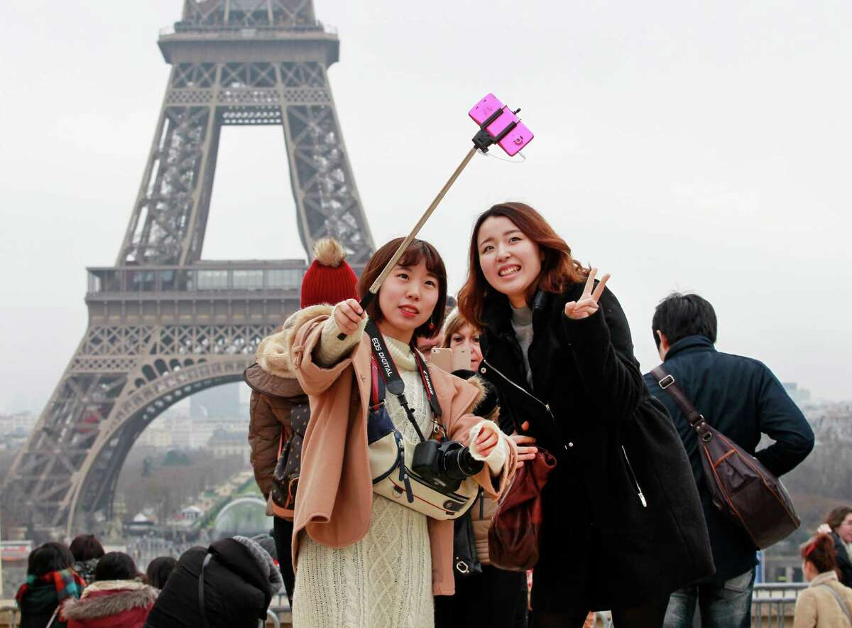 Places across the world where selfie sticks have been banned This week the brass at the State Fair of Texas announced that selfie sticks would be banned at Fair Park. The annual festival in Dallas joins other landmarks, venues, and museums across the world who have banned the stick.