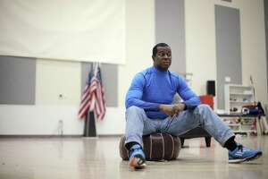 Ex-49er Hicks treads the boards at Berkeley Rep - Photo