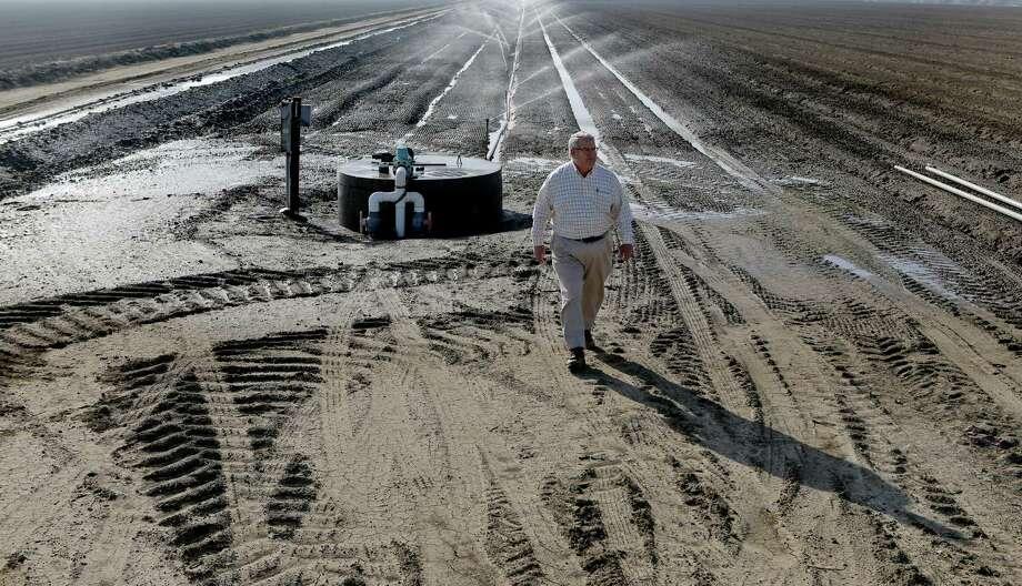San Joaquin Valley farmers reach secret deal in water dispute