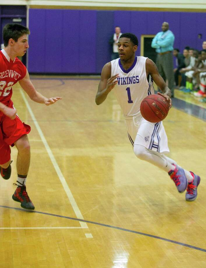 Scored a game-high 23 points in a 71-59 defeat of Barlow on Saturday. Photo: Lindsay Perry / Stamford Advocate