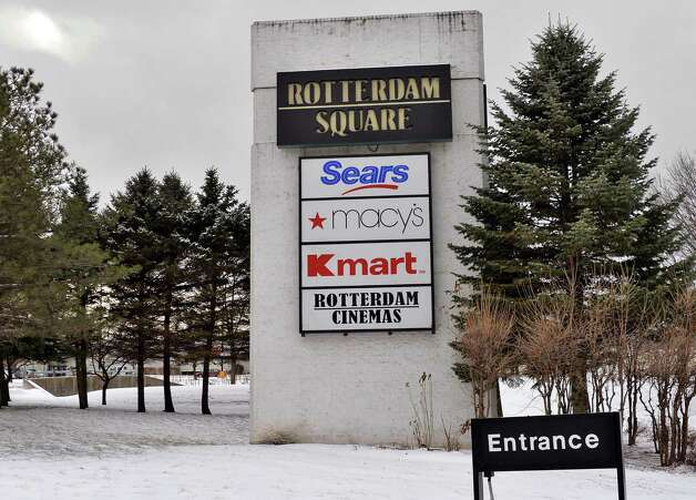 Entrance to Rotterdam Square mall Friday Jan. 9, 2015, in Rotterdam, NY.  (John Carl D'Annibale / Times Union) Photo: John Carl D'Annibale / 00030143A