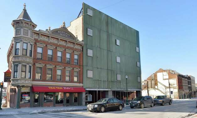 Thai Thai Bistro and the former Olender store on the south side of lower State Street Thursday, Jan. 8, 2015, in Schenectady, N.Y.  (John Carl D'Annibale / Times Union) Photo: John Carl D'Annibale / 00030128A