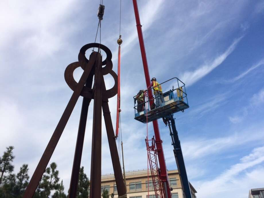 """Dreamcatcher"" by Mark di Suvero being installed at UCSF Mission Bay on Jan. 10, 2015.  The chronicle/Sam Whiting"