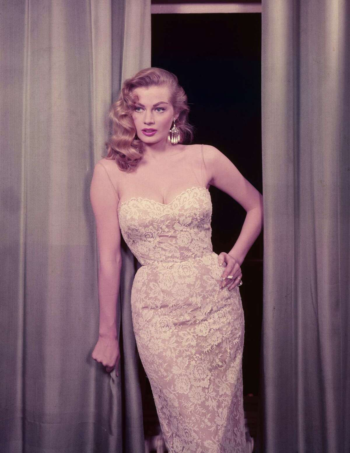 (FILE PHOTO) Swedish actress Anita Ekberg known for her role in the 1960 movie La Dolce Vita has died in Rome today after a series of illnesses. circa 1955: The Swedish actress Anita Ekberg, known as 'The Iceberg'. (Photo by Hulton Archive/Getty Images)