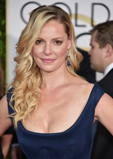 Katherine heigl arrives at the 72nd annual golden globe awards at the