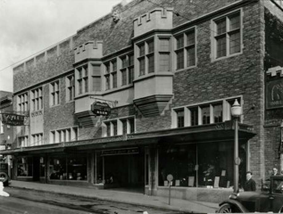 Vintage exterior of the University Book store on The Ave - University Way Northeast in Seattle - circa early 1930s. Photo: University Book Store
