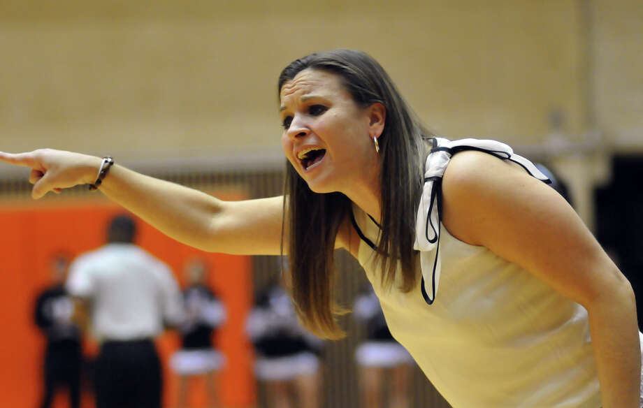 Highlands coach Adrianna Wiatrek yells encouragement to her team in a 2011 game. Photo: ROBIN JERSTAD /SPECIAL TO THE EXPRESS-NEWS / Copyright 2011 by Robin Jerstad