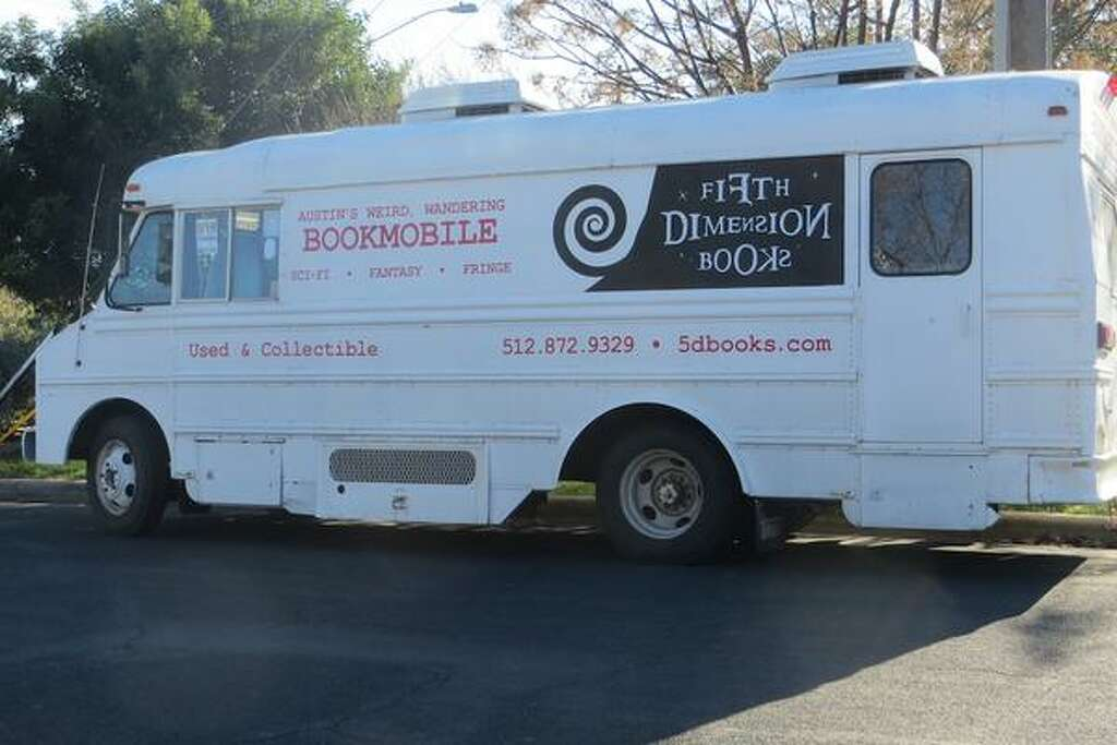 Sci Fi Bookstore On WheelsNot All Craigslist Stories Are Tales Of Woe And  Sleazy Suitors
