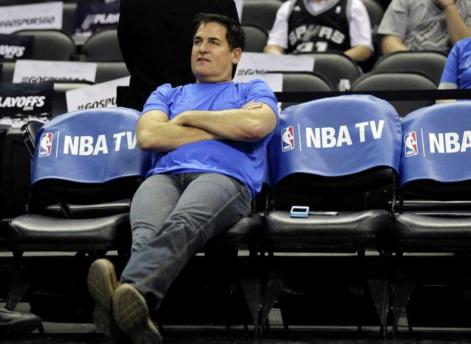 Dallas Mavericks owner Mark Cuban got in hot water after citing personal examples of prejudices and stereotypes. Photo: Eric Gay, STF / AP