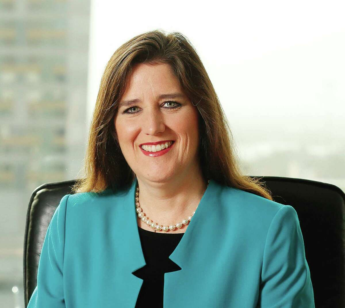 23. Elizabeth Killinger Company/Position: NRG Energy Inc., Senior Vice President and President NRG Retail Base Salary:$460,904 Total compensation:$1,789,594