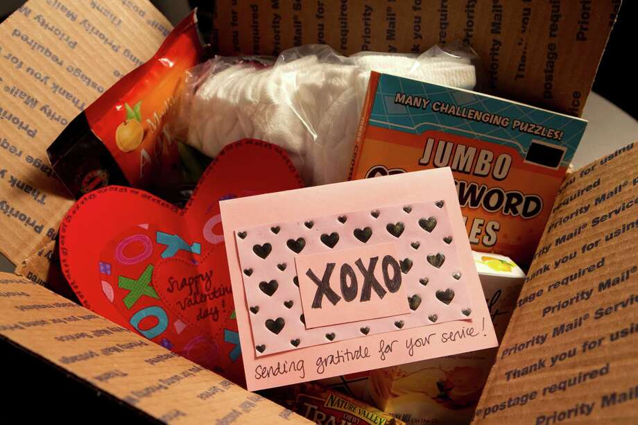 A crafts table will be available to make valentines. Photo: Brett Coomer, HC Staff / © 2012 Houston Chronicle