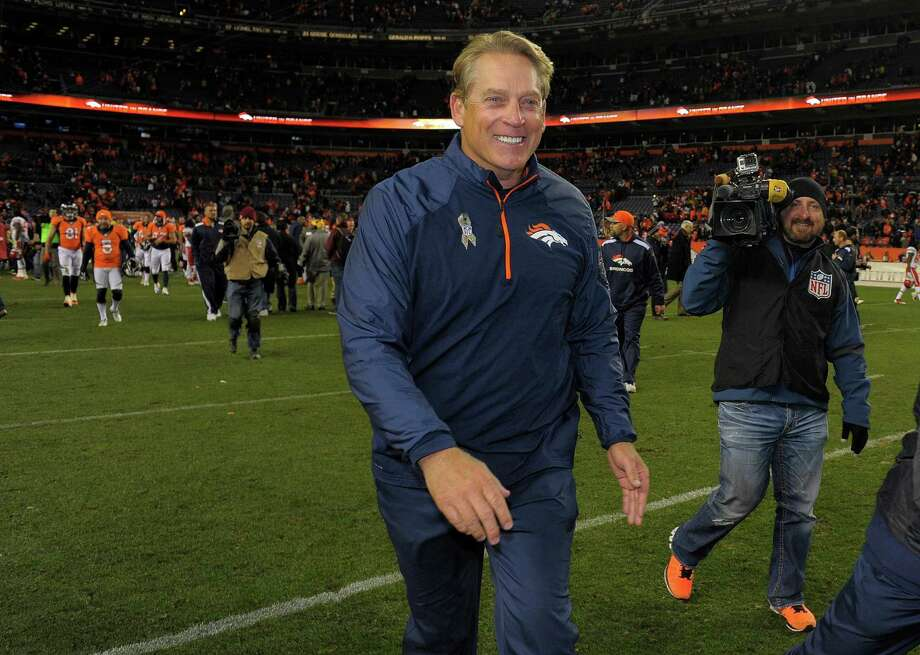 FILE - In this Nov. 17, 2013, file photo, Denver Broncos then-interim head coach Jack Del Rio walks off the field after beating the Kansas City Chiefs 27-17 in an NFL football game in Denver. The Oakland Raiders have told interim coach Tony Sparano that he will not be getting the full-time job, clearing the way for the team to hire Jack Del Rio. A person with knowledge of the search said Wednesday, Jan. 14, 2015,  on condition of anonymity that Sparano has been told he is no longer a candidate for the job. (AP Photo/Jack Dempsey, File) Photo: Jack Dempsey / Associated Press / FR42408 AP