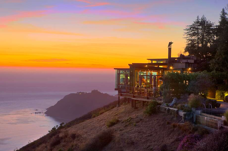 One of the most popular answers on the Quora thread is the Post Ranch Inn's Sierra Mar restaurant in Big Sur. Sierra Mar features prix fixe and multi-course menus for lunch and dinner, as well as a popular breakfast for hotel guests. The restaurant has 4.5 stars on Yelp from over 350 reviews. Photo: Kodiak Greenwood