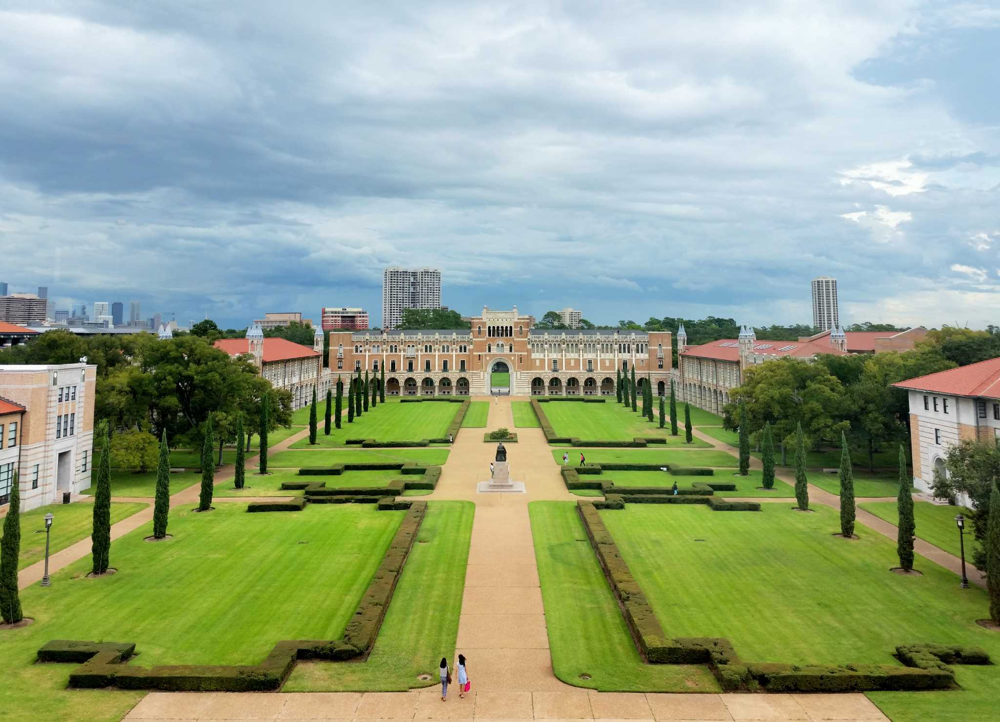 rice university essays After crossing this hurdle, you'll need to impress rice university application readers through their other application requirements, including extracurriculars, essays, and.