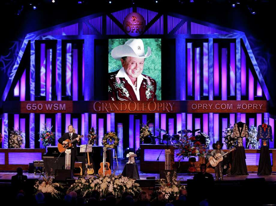 Steve Wariner performs during the funeral service for Little Jimmy Dickens in the Grand Ole Opry House Thursday, Jan. 8, 2015, in Nashville, Tenn. Dickens died Jan. 2, 2015, at the age of 94. Photo: Mark Humphrey, AP / AP