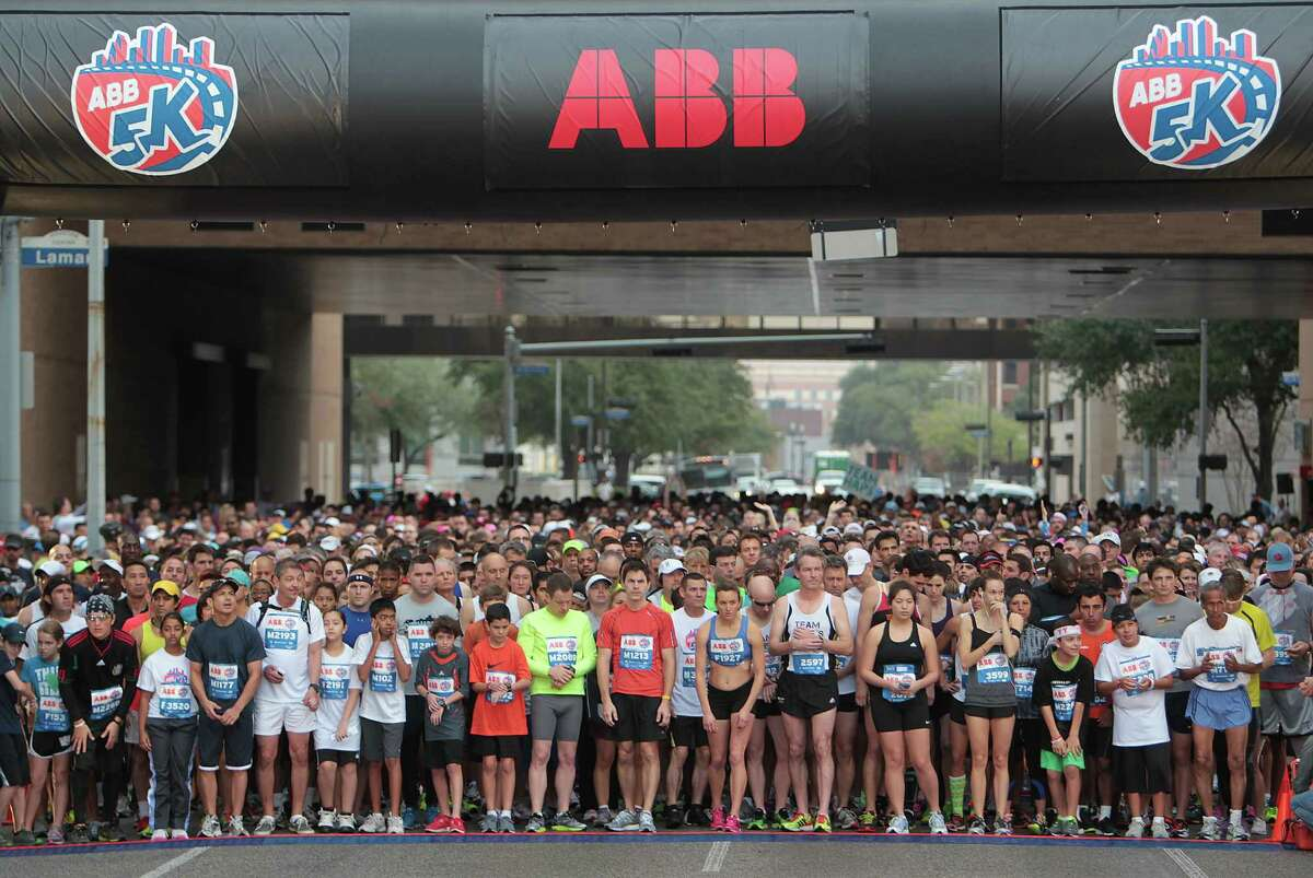 3.6,000 spots were available for the ABB 5K on Saturday.