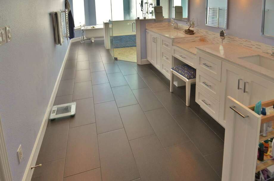 In this bathroom remodel, Legal Eagle Contractors utilized several universal design features.