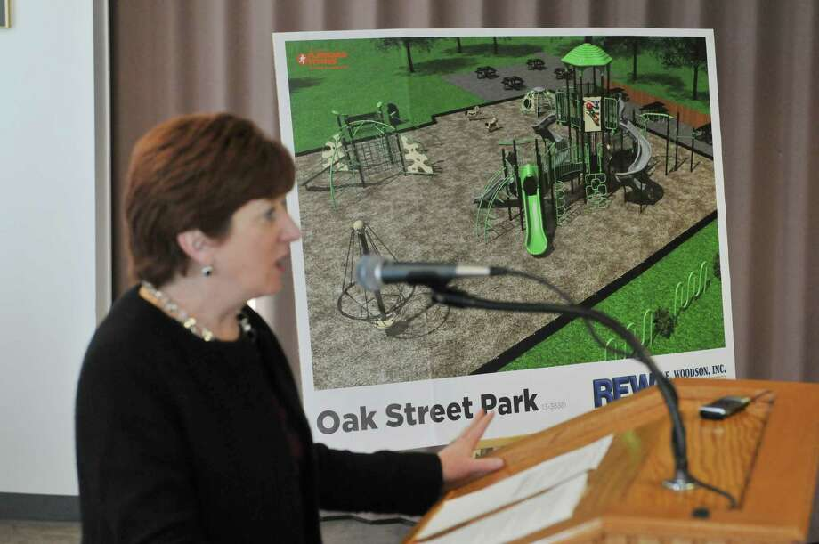 Albany Mayor Kathy Sheehan announces a new park at the corner of Second St. and Oak St. during a press conference on Thursday, Jan. 15, 2015, in Albany, N.Y.  (Paul Buckowski / Times Union) Photo: Paul Buckowski / 00030212A