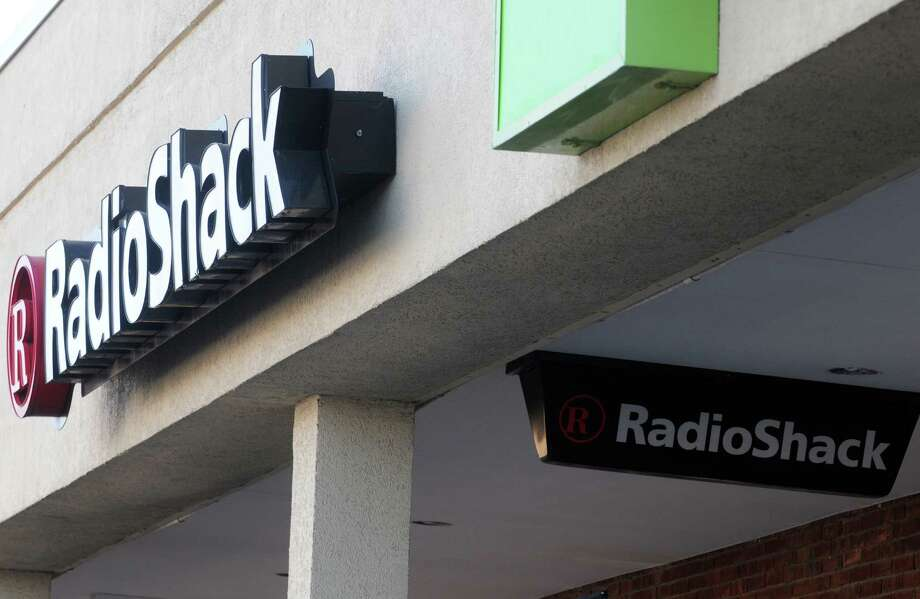 Radio Shack in Delaware Plaza on Thursday Jan. 15, 2015 in Delmar, N.Y. (Michael P. Farrell/Times Union) Photo: Michael P. Farrell / 00030216A