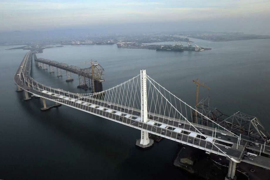 Aerial view of the Oakland/San Francisco Bay Bridge in Oakland, Calif., on Wednesday, January 14, 2015. Photo: Carlos Avila Gonzalez / The Chronicle / ONLINE_YES